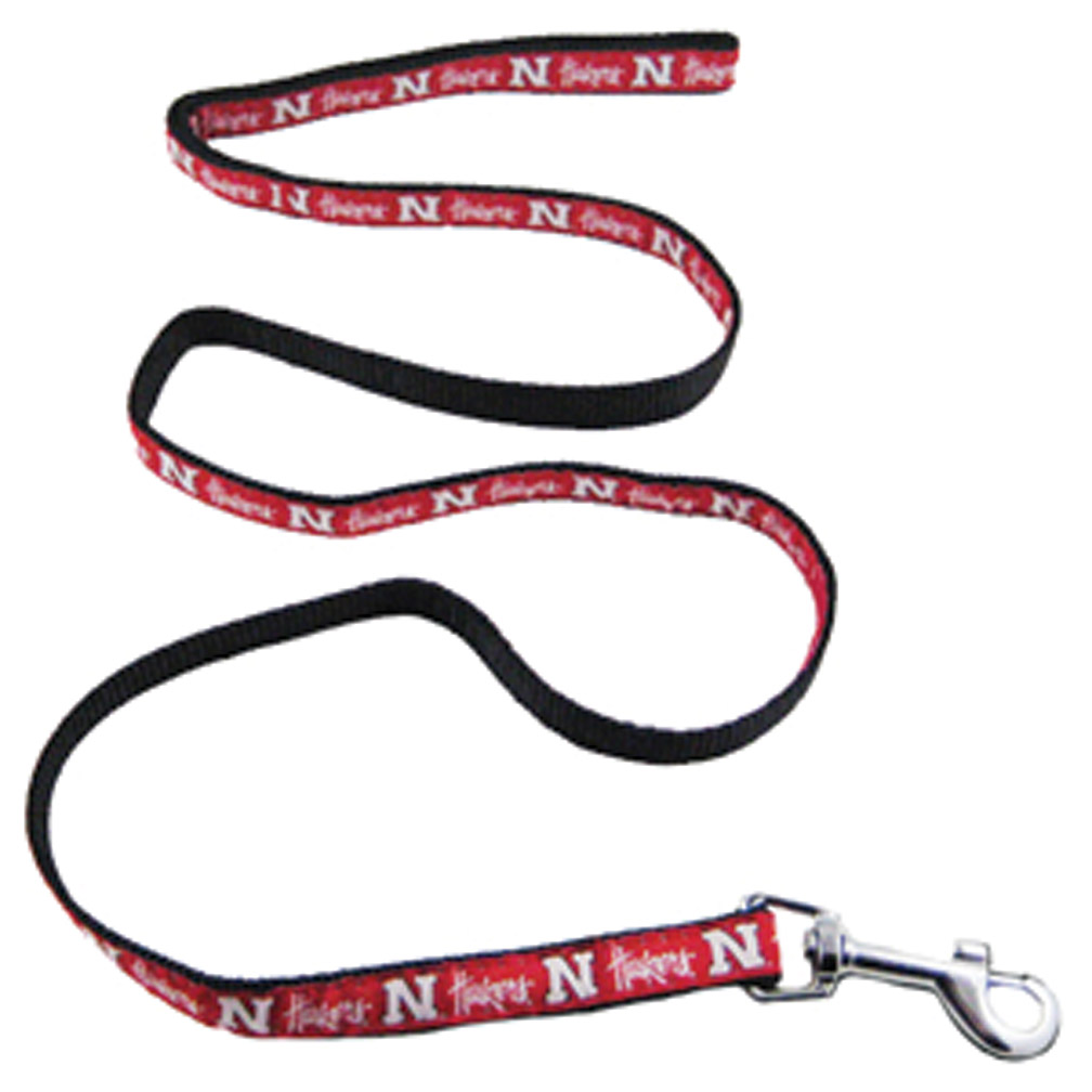 Dog Leash Nebraska Cornhuskers, husker football, nebraska merchandise, husker merchandise, nebraska cornhusker merchandise, nebraska cornhuskers pet items, husker pet items, husker dog leash, nebraska dog leash, nebraska cornhuskers dog leash, Retractable Dog Leash