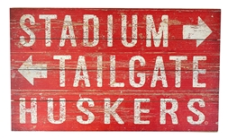 Huskers Stadium Tailgate Plank Sign